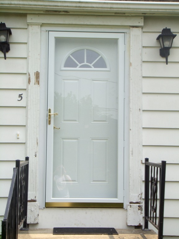Greater Portland Homeworks Llc: Entry And Storm Door Installation