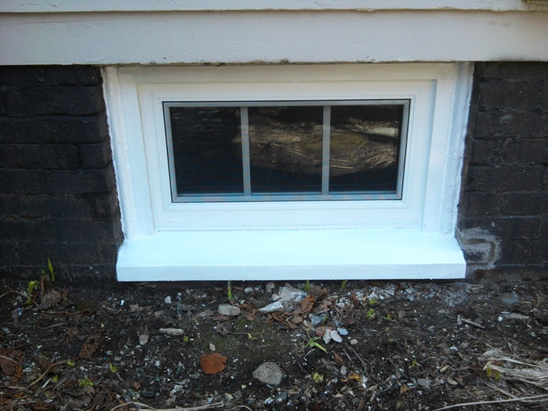 Basement window installation greater portland homeworks llc for Basement window replacement